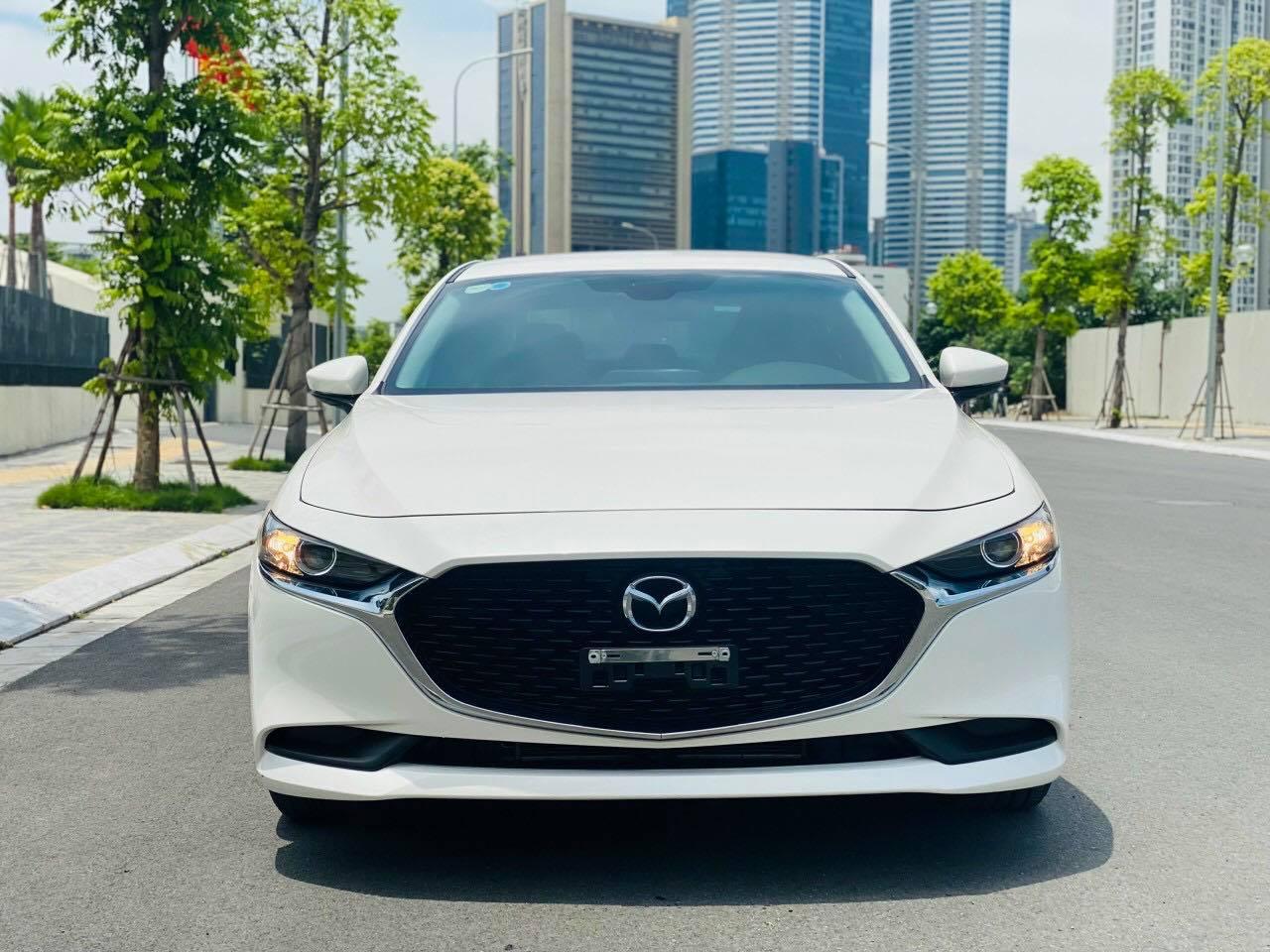"""Mazda 3 Deluxe lướt lên sàn xe cũ, chủ xe """"bay"""" ngay hơn 120 triệu đồng - Ảnh 3."""