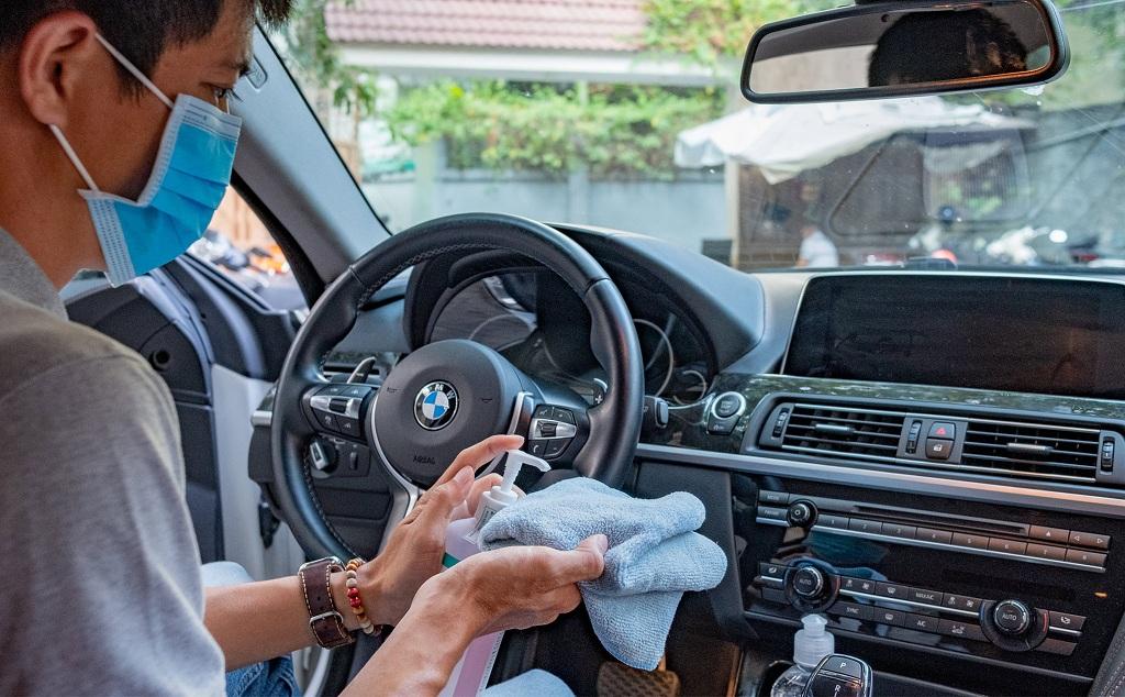 Khử trùng vệ sinh cho xe ô tô như thế nào để phòng dịch Covid - 19? - Ảnh 1.