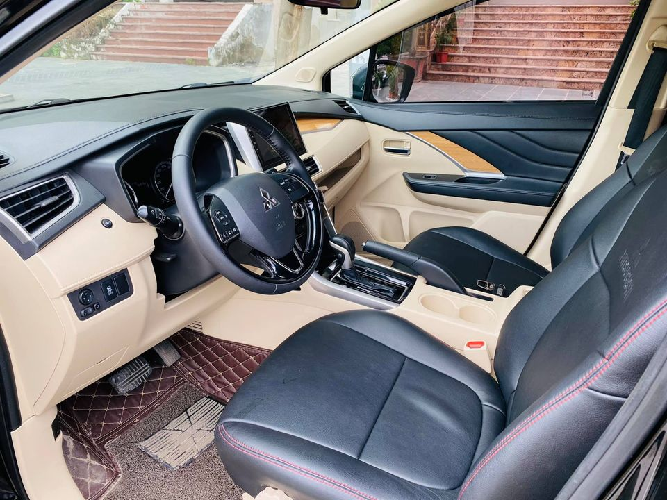xe-o-to-Mitsubishi-Xpander-2018-01