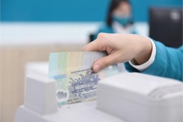 Hạ lãi vay, nên hay không: Đến lúc ngân hàng có trách nhiệm xã hội