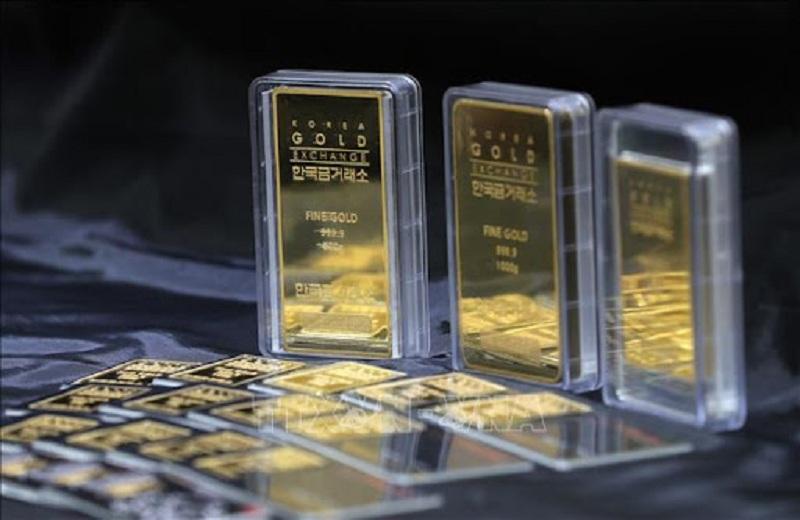 Giá vàng quốc tế đã giảm xuống 1.737USD/oz sau cuộc họp của FED