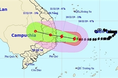 Typhoon Nakri to hit Vietnam mainland tonight and weaken