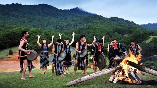 Central Highlanders work to keep traditional cultural practices alive
