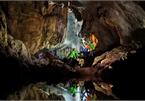Exploring Cha Loi Cave in Quang Binh