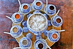 Rice with salt: A delicacy of Hue imperial city