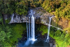 Magnificent beauty of Hang En Waterfall