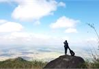 Trekking to Chua Chan Mountain