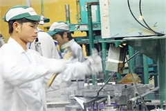 Will Vietnam become a new global factory?