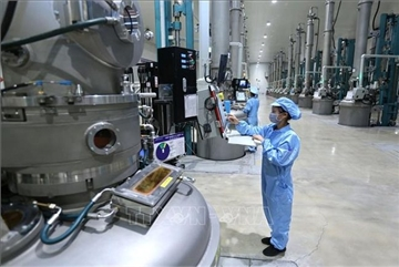 More foreign manufacturers turn to Vietnam amid pandemic: JLL