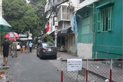 HCMC puts apartment building under lockdown over fears of Covid-19 spread
