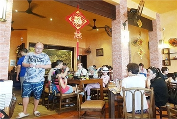 Young travelers to lead reopening of Vietnam's travel sector