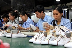 Vietnam's footwear firms forced to lay off workers due to Covid-19
