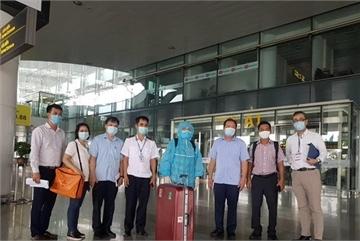 440 Japanese experts, entrepreneurs arrive in Vietnam