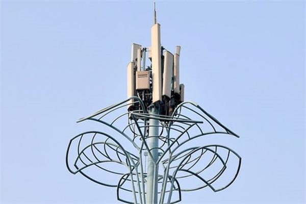 VNPT, MobiFone to launch 5G commercial pilot next month