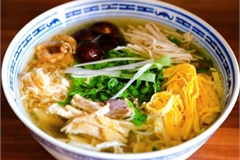 A dish typical of Hanoi's delicate culinary style