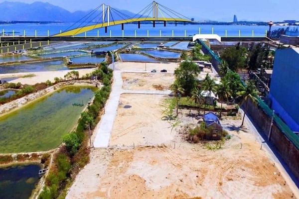 Từ các ô đìa nuôi trồng thủy sản sản nhiều người đã san ủi để phân lô bán nền tại khu vực đầm Thủy Triều
