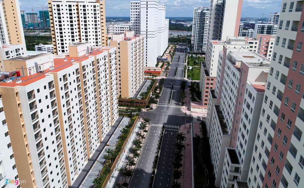 Khu tái định cư Bình Khánh (quận 2) với hàng ngàn căn hộ bị bỏ trống nhiều năm nay vừa được TP.HCM rao bán đấu giá.
