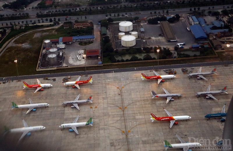 Nếu đề xuất của Cục Hàng không được thông qua, các đường bay có nhu cầu cao hiện nay, như trên trục Hà Nội – Đà Nẵng – TPHCM – Phú Quốc, hiện có từ 4-5 hãng đang khai thác, các hãng hàng không sẽ được tự định giá.