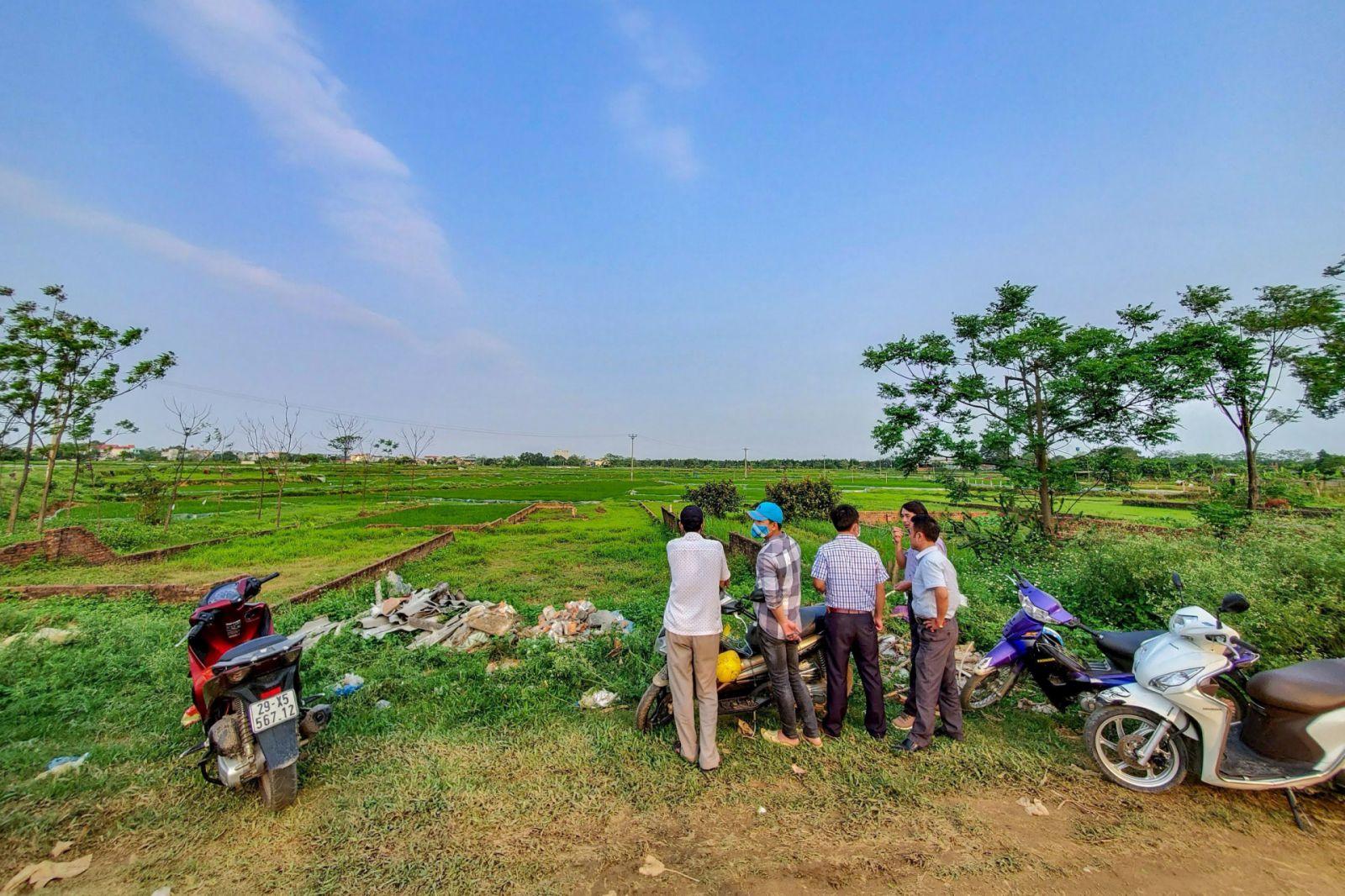 Đu theo thông tin quy hoạch chưa chính thống, nhiều người thậm chí đã mua bán cả đất nông nghiệp