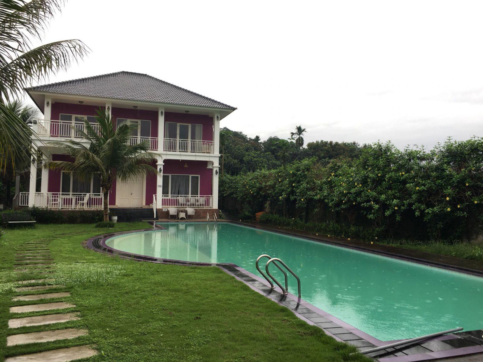 Khu biệt thự nhà vườn tại Lương Sơn, Hòa Bình đang được rao bán với giá 8,5 tỷ đồng.