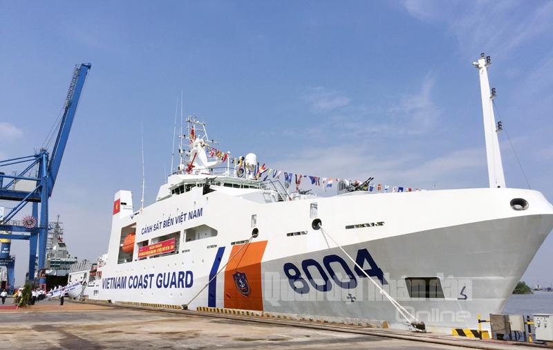 Vùng Cảnh sát biển 1 nhận tàu đa năng hiện đại 8004 - ảnh 3