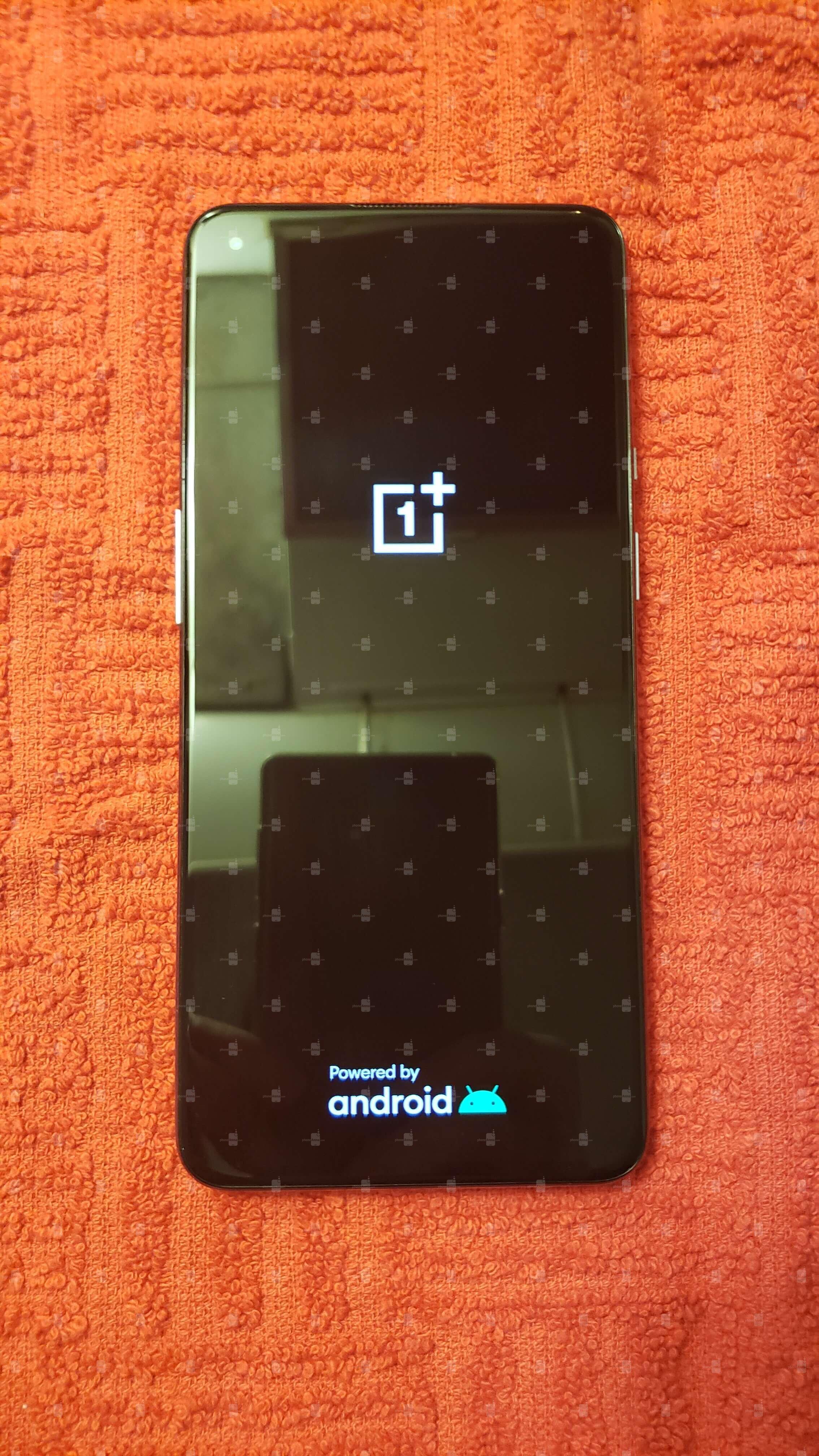 OnePlus 9 lộ ảnh thực tế: Cụm camera thiết kế mới, màn hình nốt ruồi 120Hz, chạy chip Snapdragon 888, ra mắt đầu năm sau - Ảnh 4.