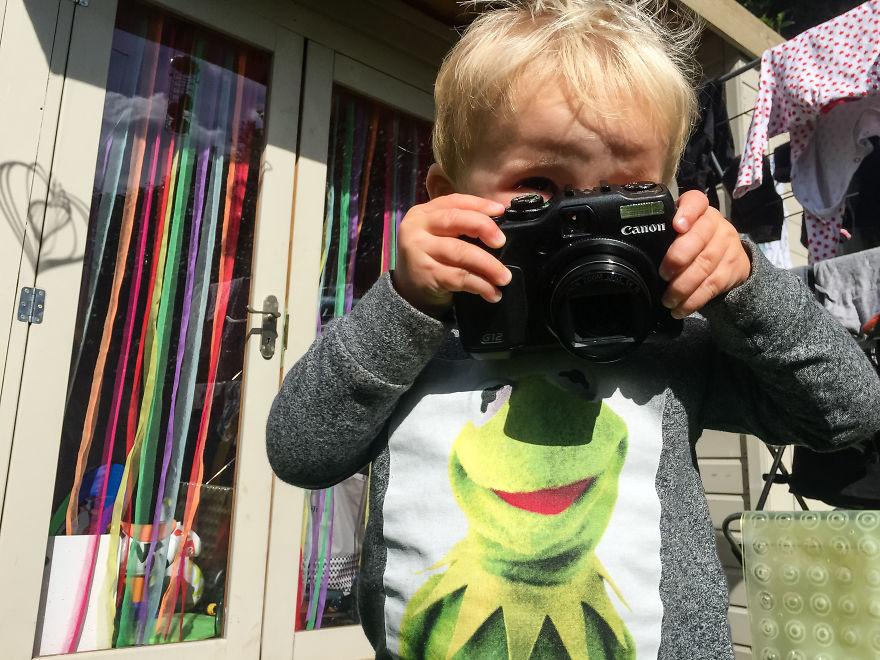 Nhiếp ảnh dễ thương: Nhìn Thế giới qua ống kính của cậu bé 19 tháng tuổi - Ảnh 31.