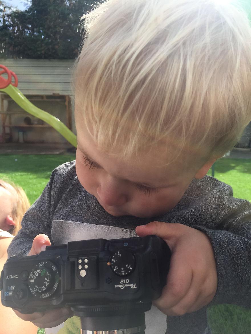Nhiếp ảnh dễ thương: Nhìn Thế giới qua ống kính của cậu bé 19 tháng tuổi - Ảnh 32.