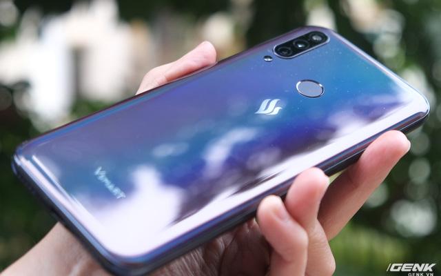 Một cái bắt tay giữa Viettel và Vsmart sẽ là cái kết cho smartphone Trung Quốc giá rẻ? - Ảnh 1.