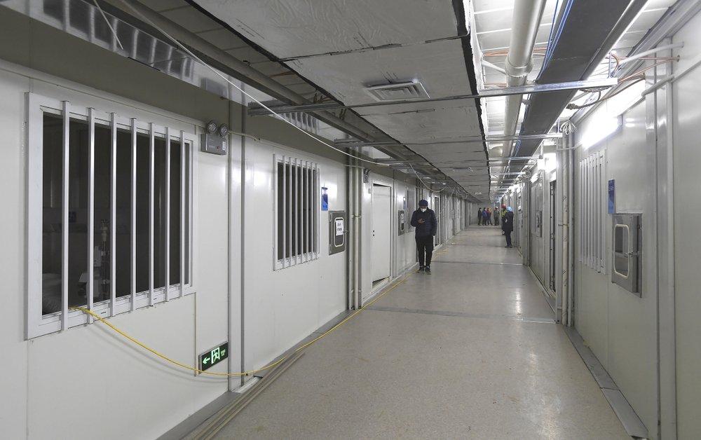 Bên trong bệnh viện dã chiến được Trung Quốc xây thần tốc trong 10 ngày để đối phó virus Vũ Hán - Ảnh 7.
