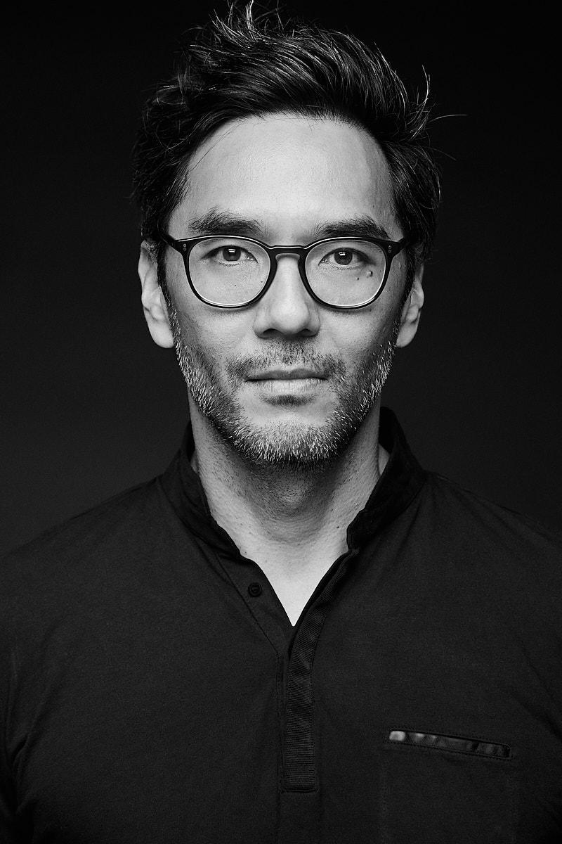 Netflix bất ngờ hủy bỏ series kinh dị của biên kịch gốc Việt từng được Stephen King hết lời khen ngợi - Ảnh 2.