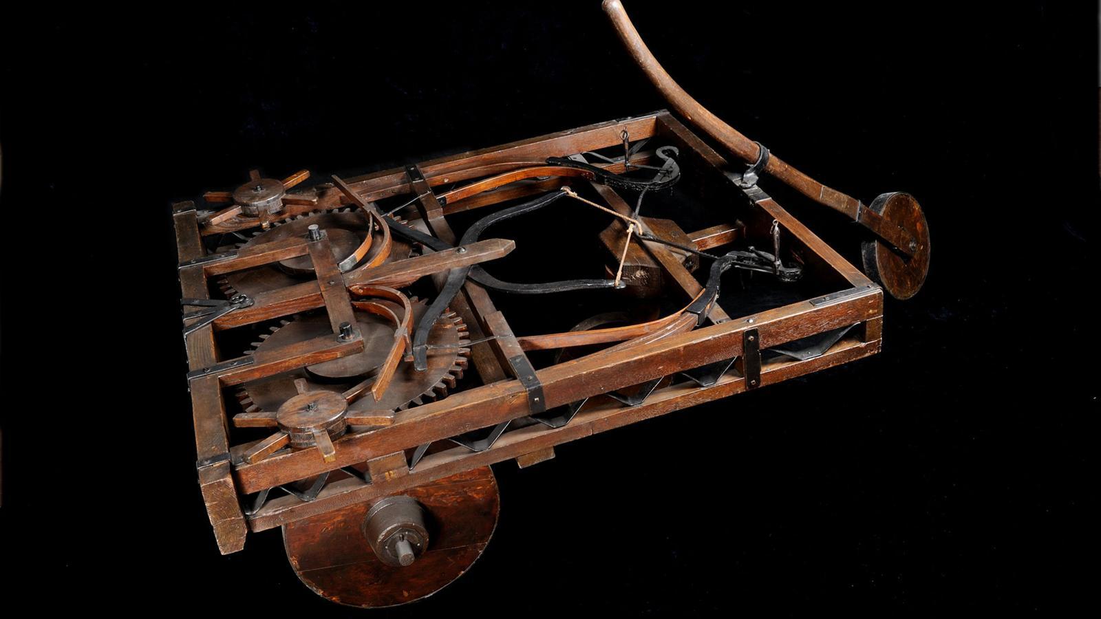 Những phát minh thể hiện trí tuệ siêu phàm của Leonardo da Vinci - Ảnh 12.