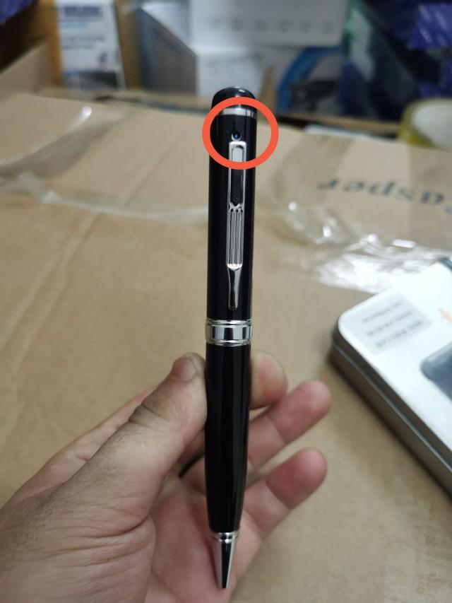 Hà Nội: Phát hiện lượng lớn thiết bị ngụy trang hỗ trợ gian lận thi cử, đã tiêu thụ về rất nhiều địa phương - Ảnh 1.