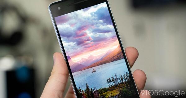 Tại sao chỉ một ảnh nền có thể biến smartphone Android thành 'cục gạch'?