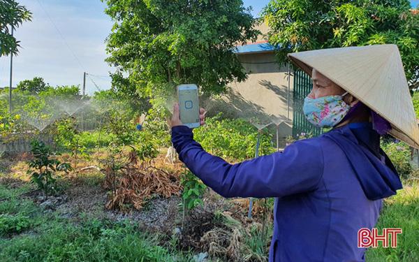 Nông dân Hà Tĩnh tưới cây bằng smartphone!