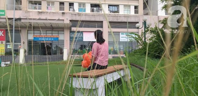 Hà Nội: Khu vui chơi chung cư bị bỏ hoang do người dân lo sợ rắn hổ mang tấn công - Ảnh 4.