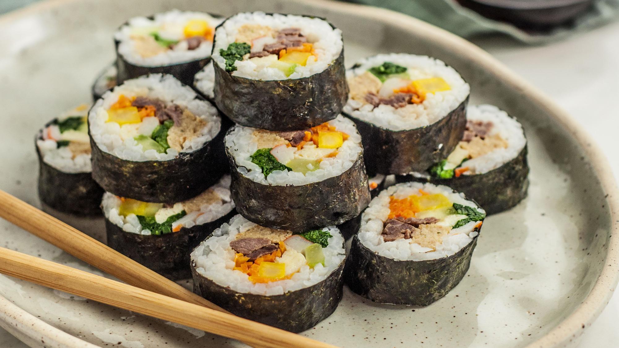 Ăn cơm mỗi ngày nhưng gái Hàn hiếm khi béo phì, lại còn trẻ hơn tuổi thật rất nhiều: Nhìn cách họ tiêu thụ gạo, chị em sẽ muốn học theo ngay - Ảnh 2.