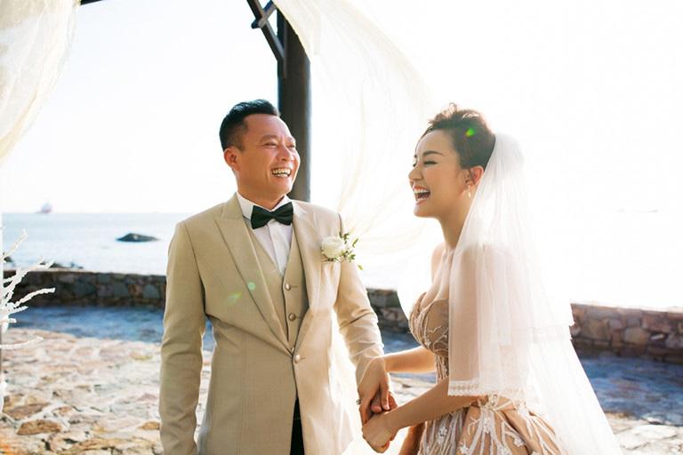 """Ca sĩ Vy Oanh: """"Lấy chồng đại gia không có nghĩa không cần lo tương lai"""" - Ảnh 1."""