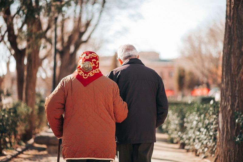 Cụ bà cứu sống cụ ông bằng một nụ hôn và bí quyết để có tình yêu viên mãn đến tận lúc chết - Ảnh 2.