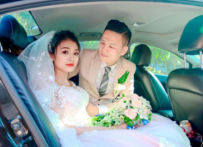 Học 3 trường Đại học mới gặp được chân ái kém 9 tuổi và đám cưới tranh thủ nên tổ chức vào mùa ít ai dám chọn - Ảnh 5.