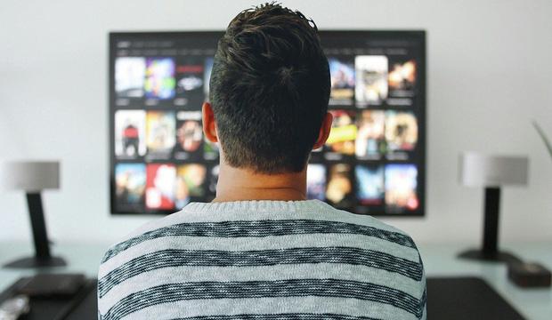 Chỉ ngồi không xem tivi kiếm 15 triệu đồng/tuần, việc nhẹ lương cao ai muốn thử? - Ảnh 2.
