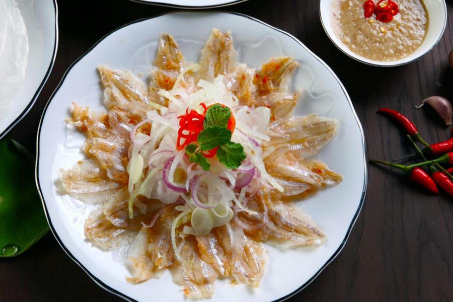 Món gỏi cá hút khách nhất Quy Nhơn được ví như sushi phiên bản Việt - Ảnh 6.