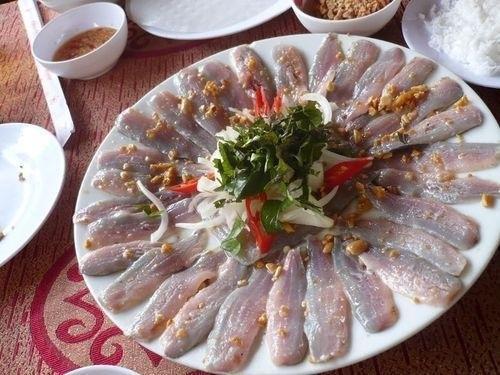 Món gỏi cá hút khách nhất Quy Nhơn được ví như sushi phiên bản Việt - Ảnh 7.
