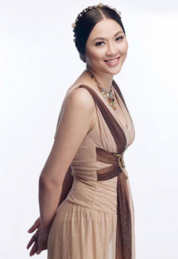 Biệt tăm khỏi showbiz sau khi chồng đi tù, cuộc sống của cô lọ lem bán bánh canh hóa Hoa hậu Việt Nam 2000 giờ ra sao? - Ảnh 6.