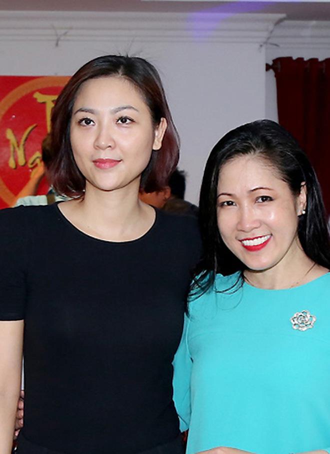 Biệt tăm khỏi showbiz sau khi chồng đi tù, cuộc sống của cô lọ lem bán bánh canh hóa Hoa hậu Việt Nam 2000 giờ ra sao? - Ảnh 8.