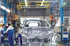 Bộ Tài chính không đồng ý giảm 50% phí trước bạ ô tô