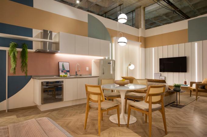 Đồ gỗ tối giản là lựa chọn nội thất cho căn hộ diện tích nhỏ.