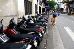 Exorbitant parking fees charged at Hanoi Old Quarter