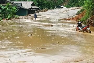 Five dead, 14 missing as foods hit northern region