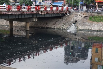 Hanoi rivers waiting for to be revived